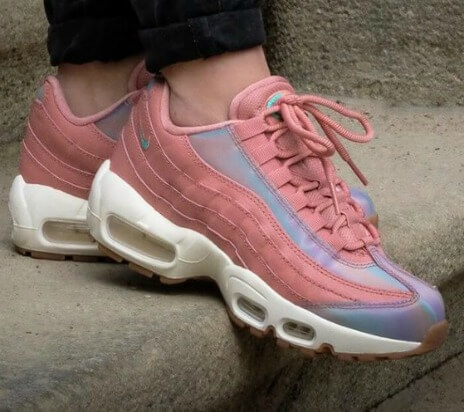 Nike Air Max 95 shoelaces pink