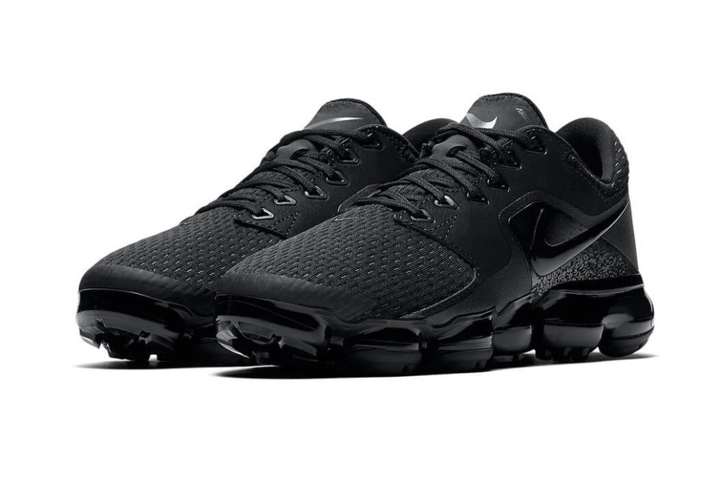 nike-vapormax-cs-triple-black-pair