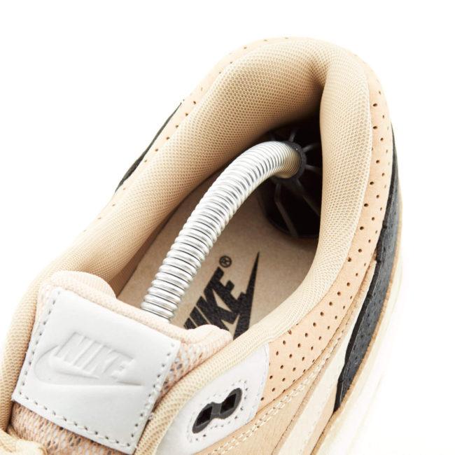 Sneaky-Trees-inside-sneaker